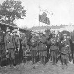 II Ochotniczy Szwadron Śmierci w czasie walk o Lwów w 1920 roku. Pierwsza z prawej ułanka Janina Łada-Walicka.